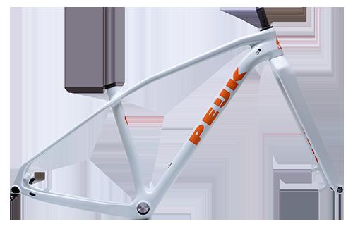 PEIJK heeft drie types XC 29er mountainbikes in het assortiment. Eén voor strandraces, hardtail voor snelle mtb rondjes en een fully voor de marathons.